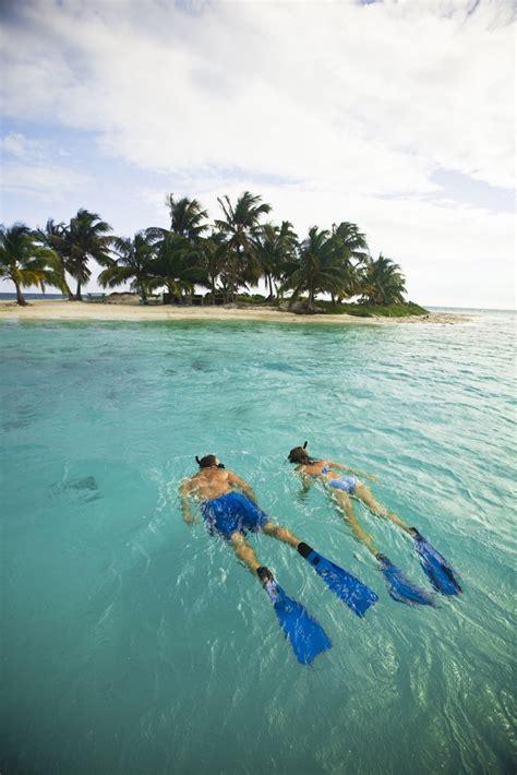 catamaran snorkeling belize belize yacht charter catamaran dreaming on ckim group