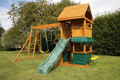 balancoire bois avec cabane balancoire bebe maison top balancoire bois avec cabane