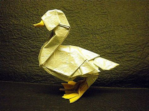 3d Origami Duck - realistic origami duck