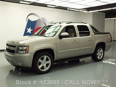 Roof Rack For Chevy Avalanche Buy Used 2008 Chevy Avalanche 2lt Leather Roof Rack 20 S