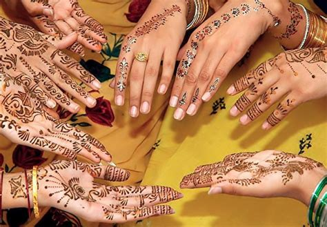 muitas feminices beleza moda maquiagem mehndi
