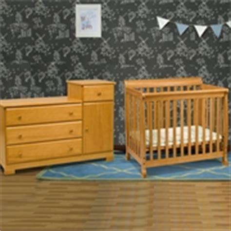 Oak Colored Crib Davinci Kalani Mini Crib In Honey Oak M5598o Free Shipping