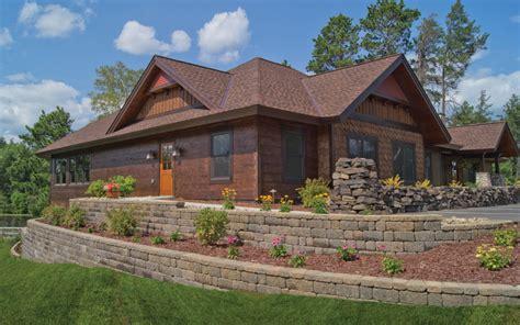 cozy bungalow hwbdo14245 cottage from builderhouseplans cozy cottage cedar creek
