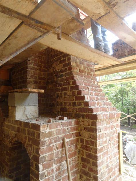 chapman architecture  daulton house betts fireplace