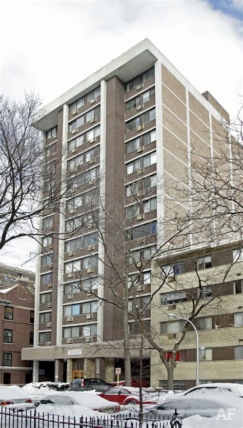 Apartment Rentals In Chicago Il Briar Place Apartments Chicago Il Apartment Finder
