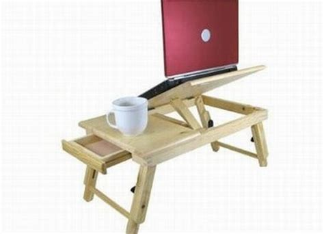 Bed Table For Laptop by Adjustable Computer Laptop Bed Desk Lets You Relax While