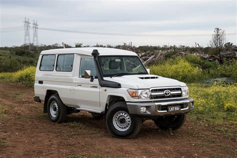 toyota land cruiser 2017 toyota landcruiser 70 series review caradvice