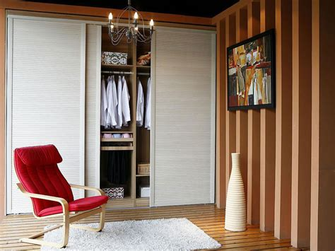 Wood Sliding Closet Door Installing Wood Sliding Closet Doors Buzzardfilm