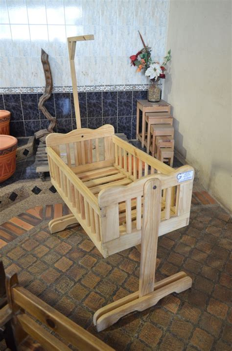 cunas y moises para bebes cuna moises para bebe de madera bs 2 800 00 en mercado