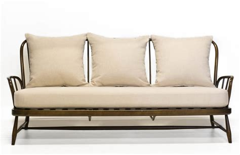 ercol jubilee sofa vintage ercol jubilee sofa in palm and cream by iamia