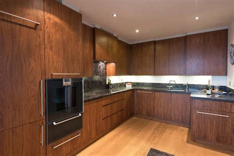Cheap Black Kitchen Cabinets 10 Cheap Kitchens That Will Make You Green With Envy