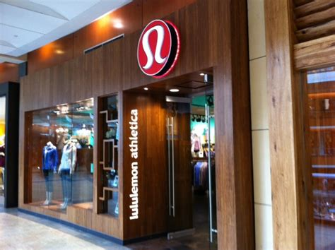 Shopping Lulu by Lululemon Athletica Mamacation Meet Me At My Happy
