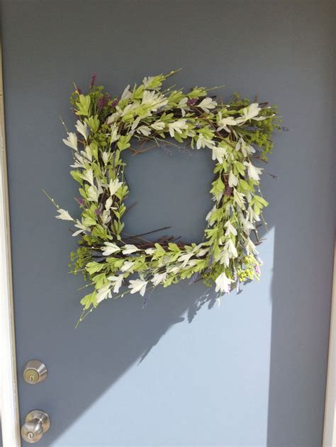 Square Wreaths For Front Door Wreaths Glamorous Square Fall Wreaths Square Wreaths For Front Door How To Make A Square