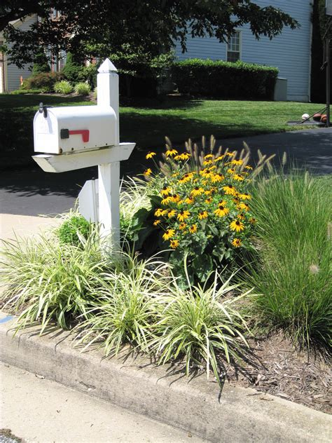 mailbox ideas for landscaping around mailbox img 0285 225x300 mailbox