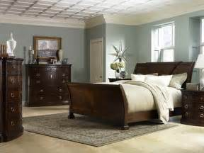 Bedroom Paint Color Ideas by Bedroom Paint Ideas For Bedrooms With Wooden Cabinet