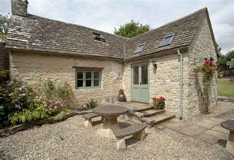 cycling retreat 5 charming cottages homes in the