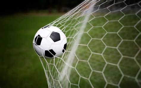 nazionale lavoro ferrara calcio e beneficenza in co anche le vecchie glorie