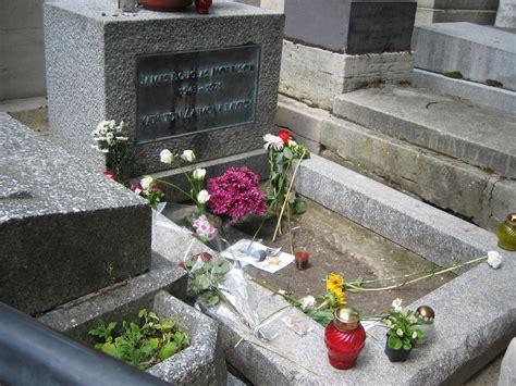 file grave of jim morrison jpg