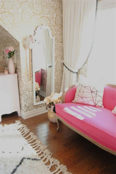 gold wallpaper in bedroom pink french settee and gold wallpaper interior