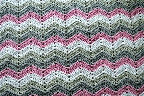 zig zag crochet pattern tutorial zig zag blanket tutorial beautiful crochet stuff