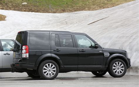 land rover discovery exterior land rover discovery 4 2018 prices in pakistan pictures