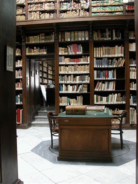 libreria napoli biblioteca museo archeologico nazionale di napoli