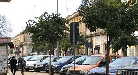 Sede Inps Lecce by Lascia La Moglie In Auto Andare All Inps E Scompare