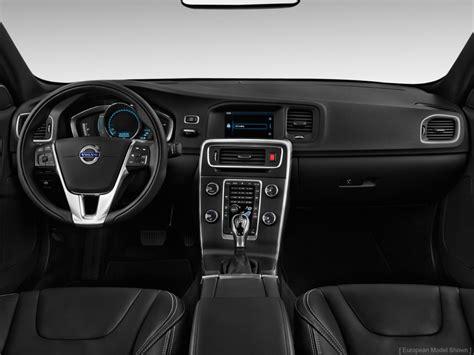 image  volvo   door sedan  awd dashboard size    type gif posted