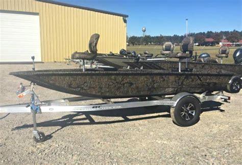 xpress duck boat accessory rail xpress hd15dbx hunting duck boat 2018 new apex marine