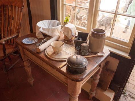 tavoli vecchi da cucina beautiful vecchi tavoli da cucina contemporary
