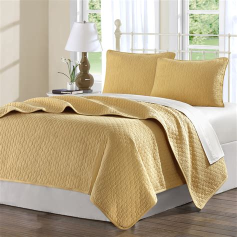 bedspreads quilts coverlets hton hill bedding jla13 24 cool cotton midas coverlet