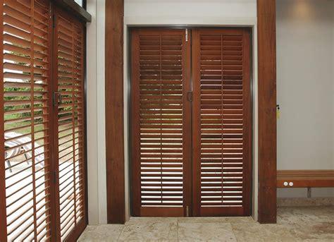 Exterior Wood Louvered Doors Exterior Wood Louvered Doors