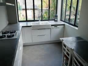ordinary Beton Cire Pour Plan De Travail #2: plan-de-travaill-cuisine-beton-cire-gris-anthracite.jpg