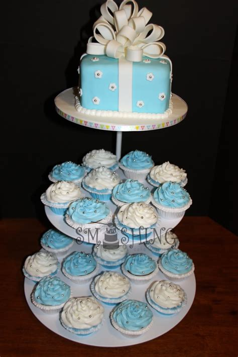 Baby Shower Cake Ideas by Smashing Cake Designs Blue And White Baby Shower Cupcake