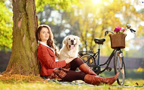 females with dogs retriever golden dogs wallpapers 2560x1600