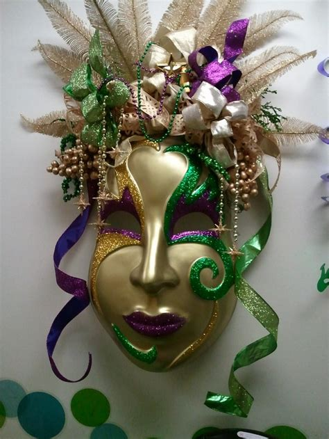 carnival mask themes 170 best mardi gras decorations images on pinterest