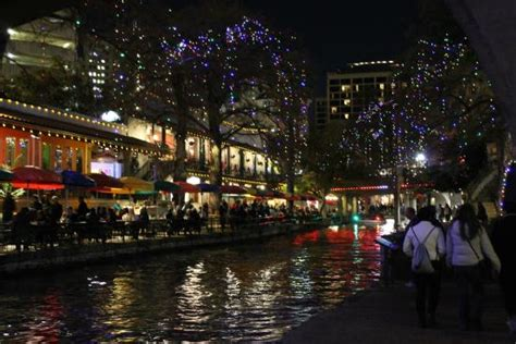 san antonio riverwalk christmas lights boat riverwalk boat cruise with christmas lights picture of