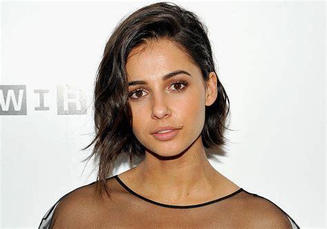 asian english actress disney chose a half white half indian actress to play