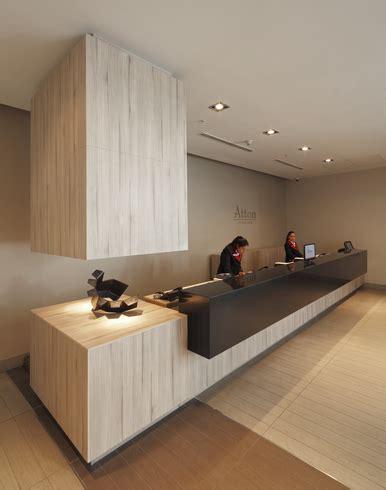 hotel front desk supplies revestimiento y mobiliario en hotel atton vitacura de masisa