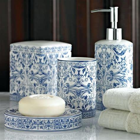 blue and white bathroom accessories cazarebucuresti info
