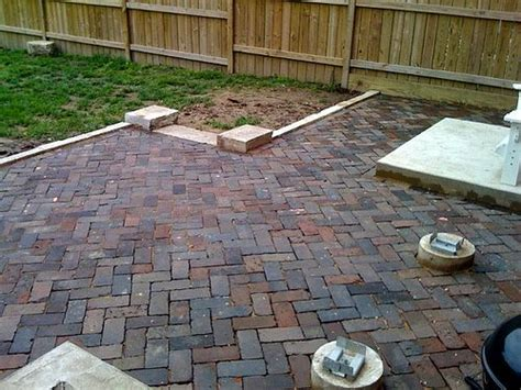 backyard brick 1000 images about drive on me on pinterest gardens
