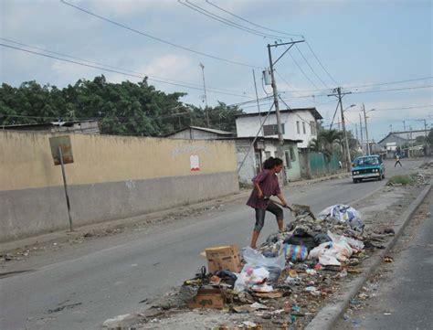 imagenes de niños botando basura la basura el eterno problema de los malos h 225 bitos el