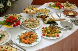 Buffet Service Table Setting Come Organizzare Una Cena A Buffet Foto Pourfemme