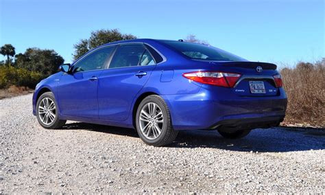 2015 Toyota Camry Hybrid Review 2015 Toyota Camry Se Hybrid Review 30