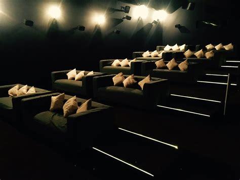 kino mit betten das bequemste kino in paderborn das neue cineplex hei 223 t