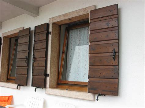 davanzali finestre foto finestre e balconi in pietra e marmo con soglie in