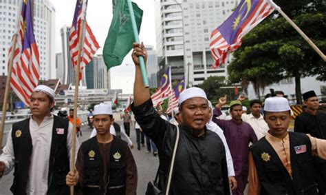Film Malaysia Cinta Halal | malaysian muslims protest anti islam film international