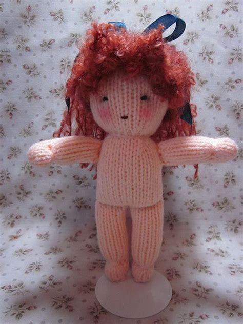Knitting Tutorial Website | knitted doll tutorial website also has patterns for