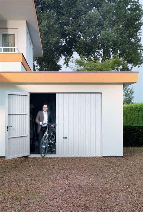 raumteiler mit rückwand garage stauraum schaffen garagentor vergleich de