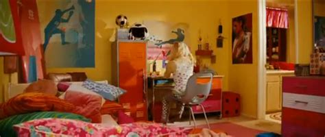 bedroom the movie take a new look bratz the movie 4 bedrooms
